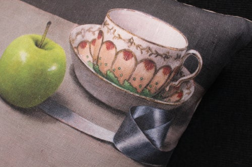Image of Apples and Ribbon - Square