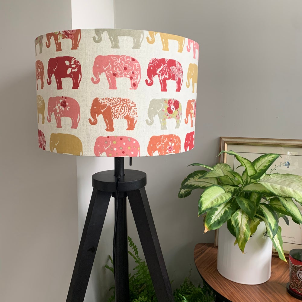 Image of Elephants Spice Shade