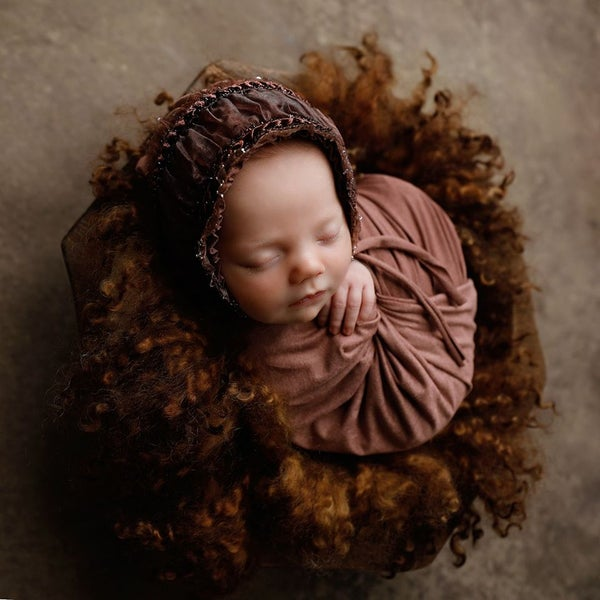Image of Round Curly Felted Blanket - CHOCOLATE DREAM