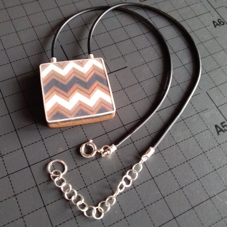 Image of zigzag necklace