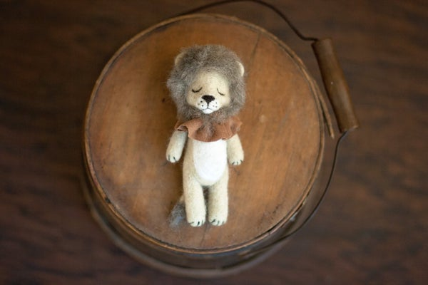 Image of Needle felted circus lion preorder