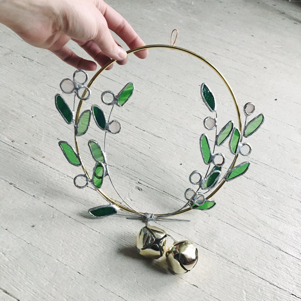 Image of Mistletoe Wreath