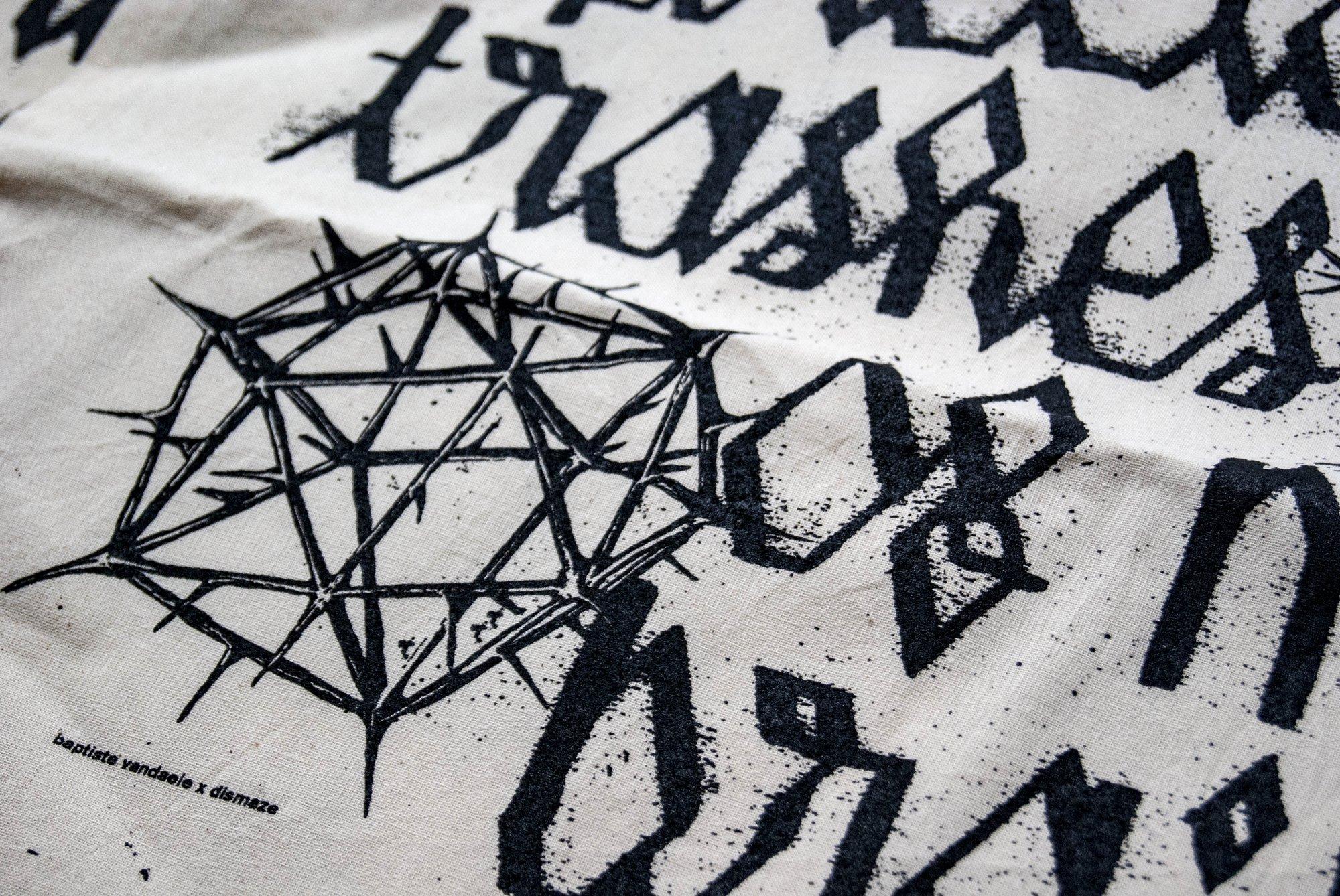 """Image of tote bag """"dismaze"""""""