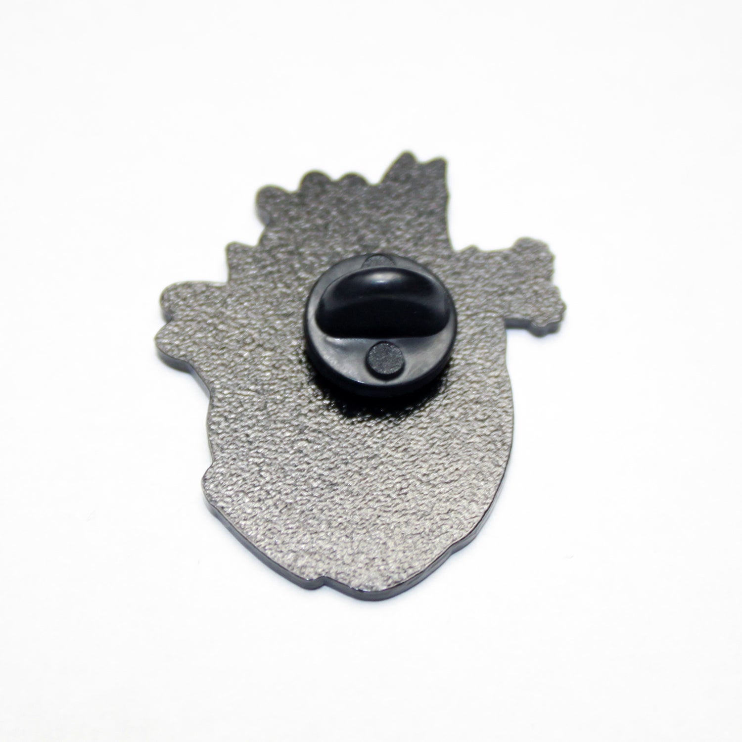 Image of cat heart pin