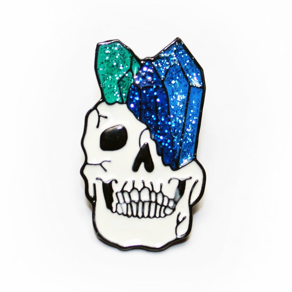 Image of glittery crystal skull pin - blue