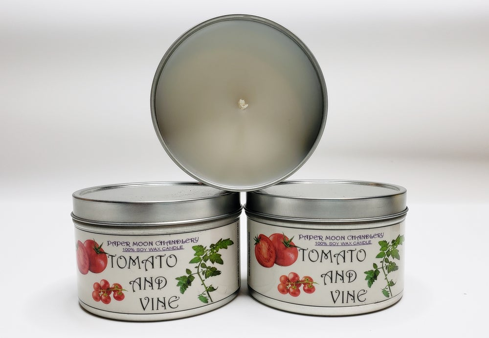 Image of TOMATO AND VINE SOY CANDLE