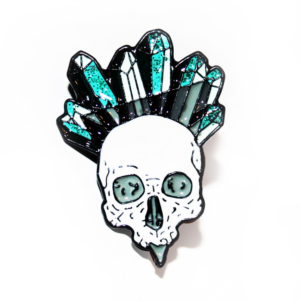 Image of glittery crystal skull pin - turquoise