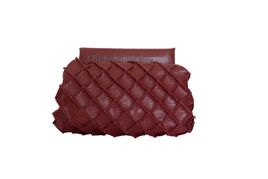 Image of Pineapple clutch S - Cherry