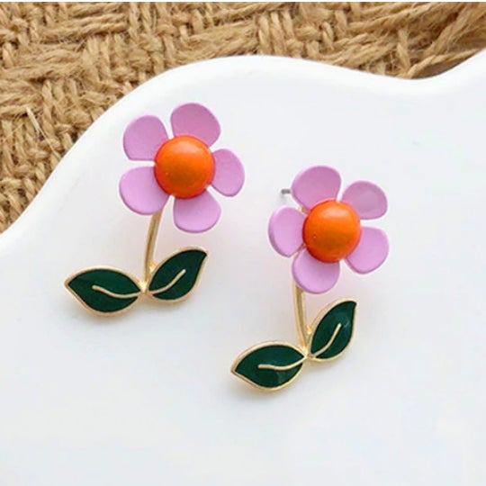 Image of GROOVY RETRO FLOWER EARRINGS