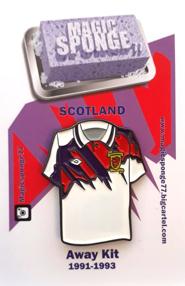 Image of Classic Scotland Away Kit Pin 1991-1993