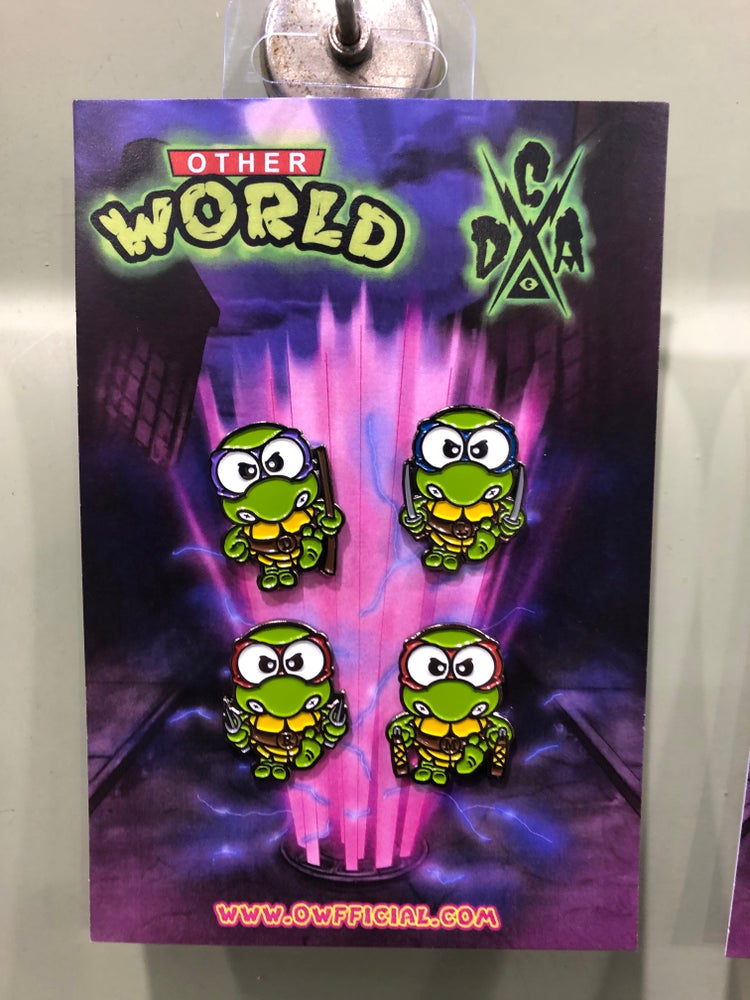 Image of Hello TMNT pin set