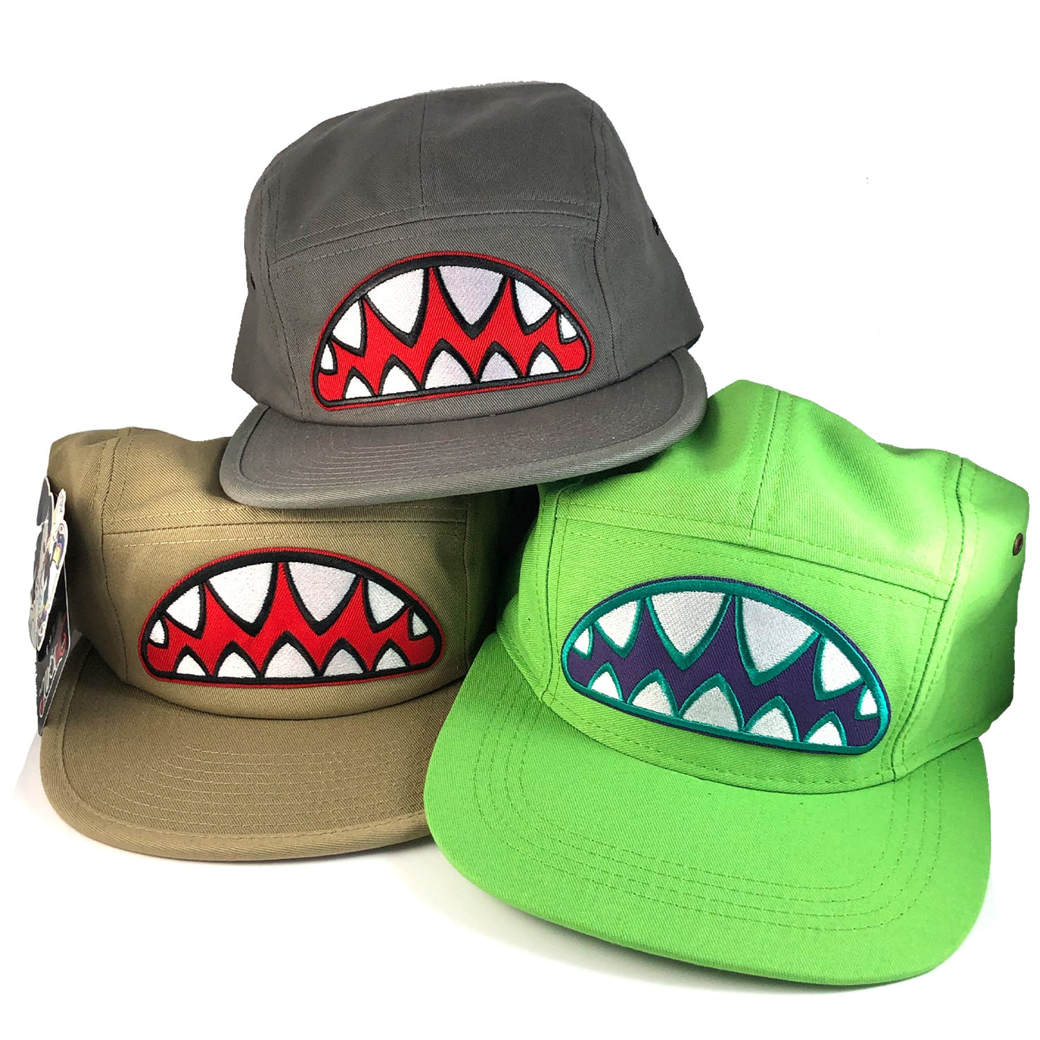 Image of BUNNY SHARK TEETH 5 PANEL HATS