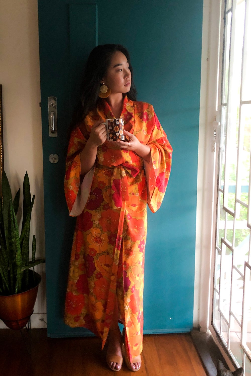 Feelin' groovy long length robe in Just lovely red