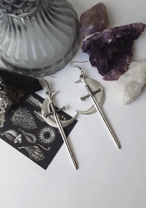 Image of NIGHT GODDESS EARRINGS