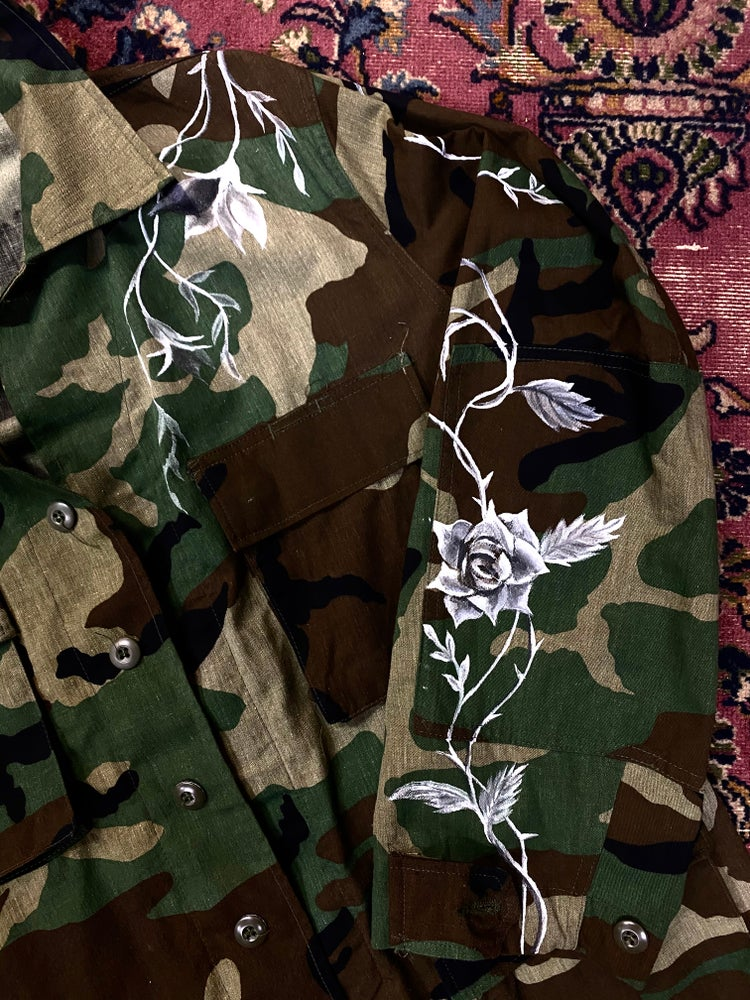 Image of HAND PAINTED VINTAGE ARMY JACKET.  SIZE LARGE