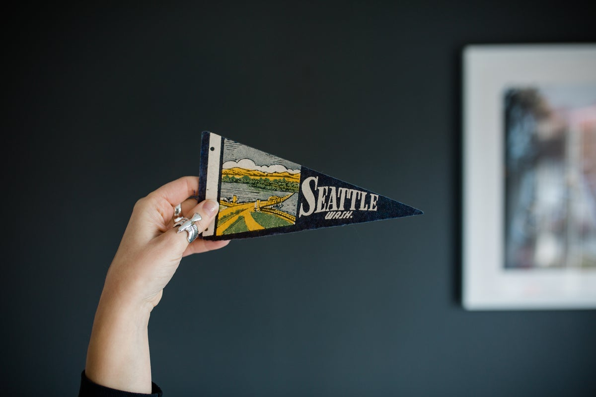 "Image of Seattle - Washington ""Mini"" Pennant"