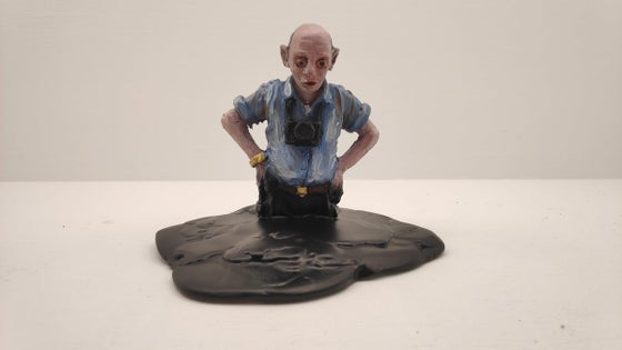 Image of Isaac Cordal: summer sponsored by shell