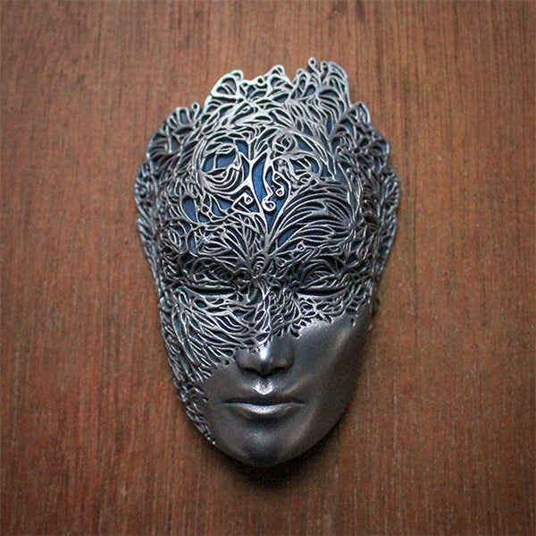 Image of Mini Dreamer Mask (Silver+Blue) by Lumecluster