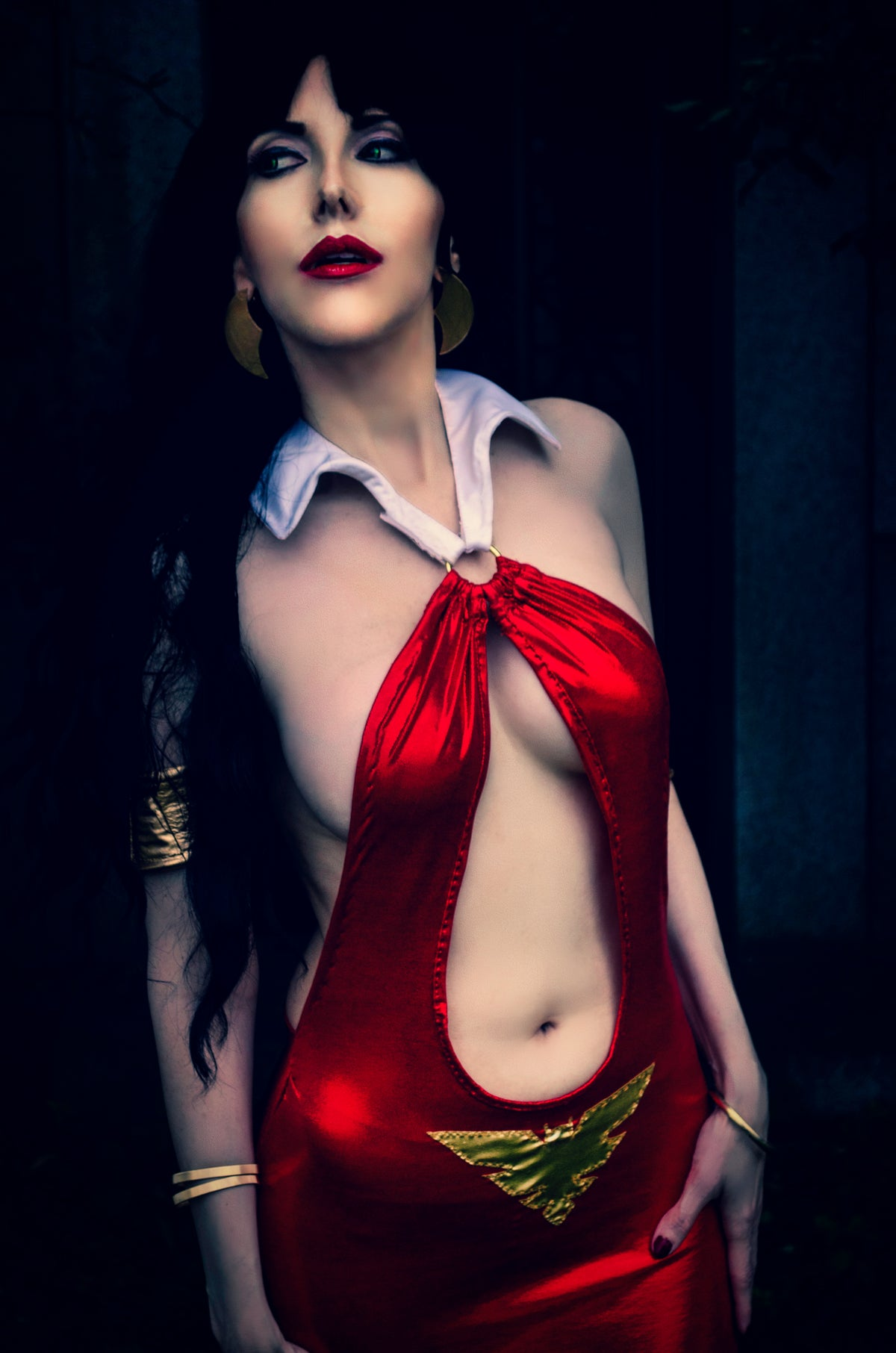 Image of Vampirella Dress Photo Set