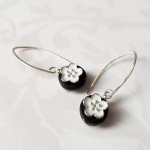 Image of Black + White Flower Earrings