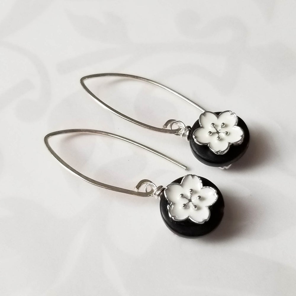 Image of Black + White Flower Earrings
