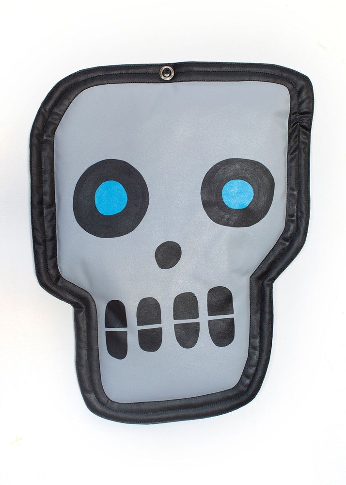 "Image of ""Small Elongated Skull"" (Wall Plush)"
