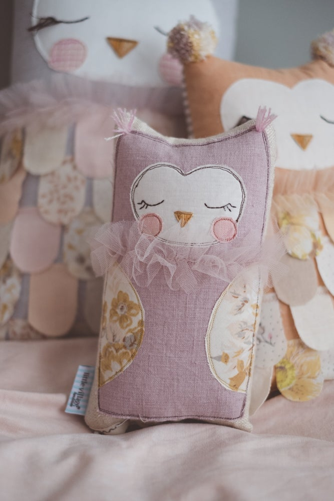 Image of Tiny owl cushion in dusty mauve