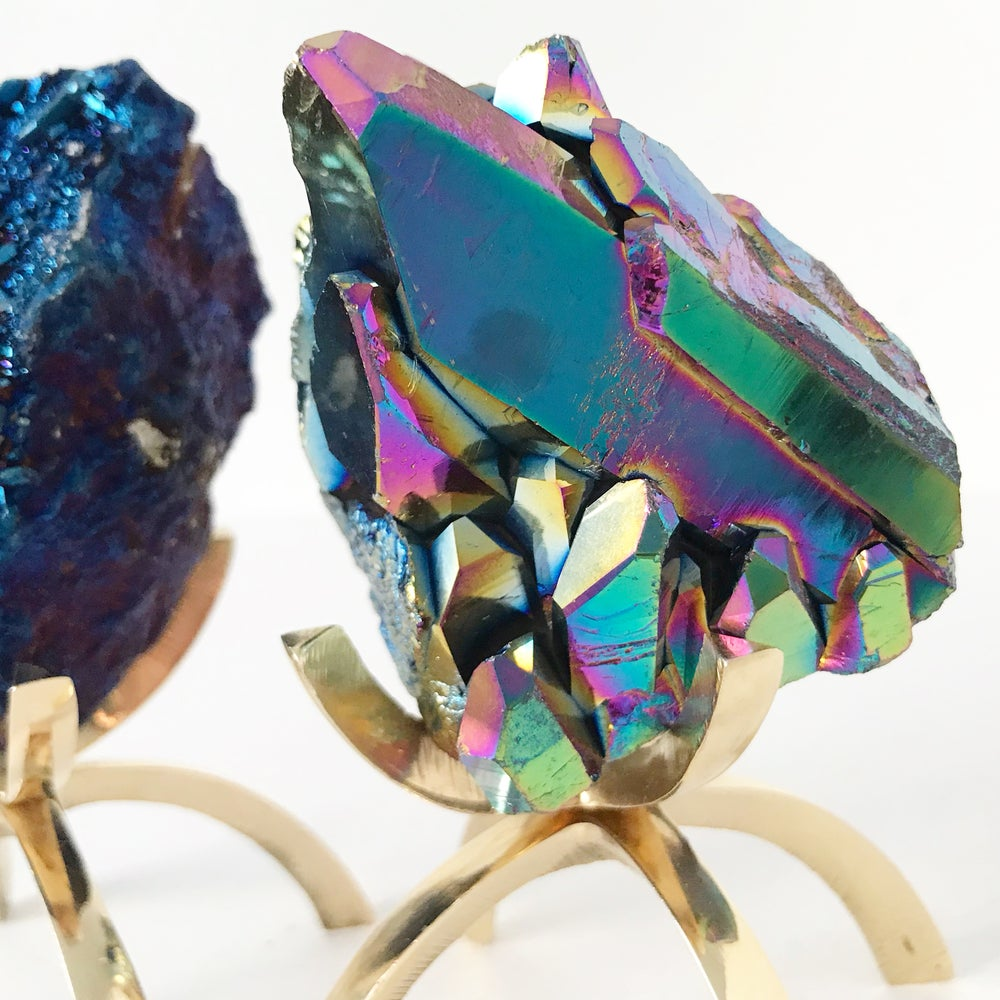 Image of Titanium Coated Quartz no.126 + Brass Claw Stand