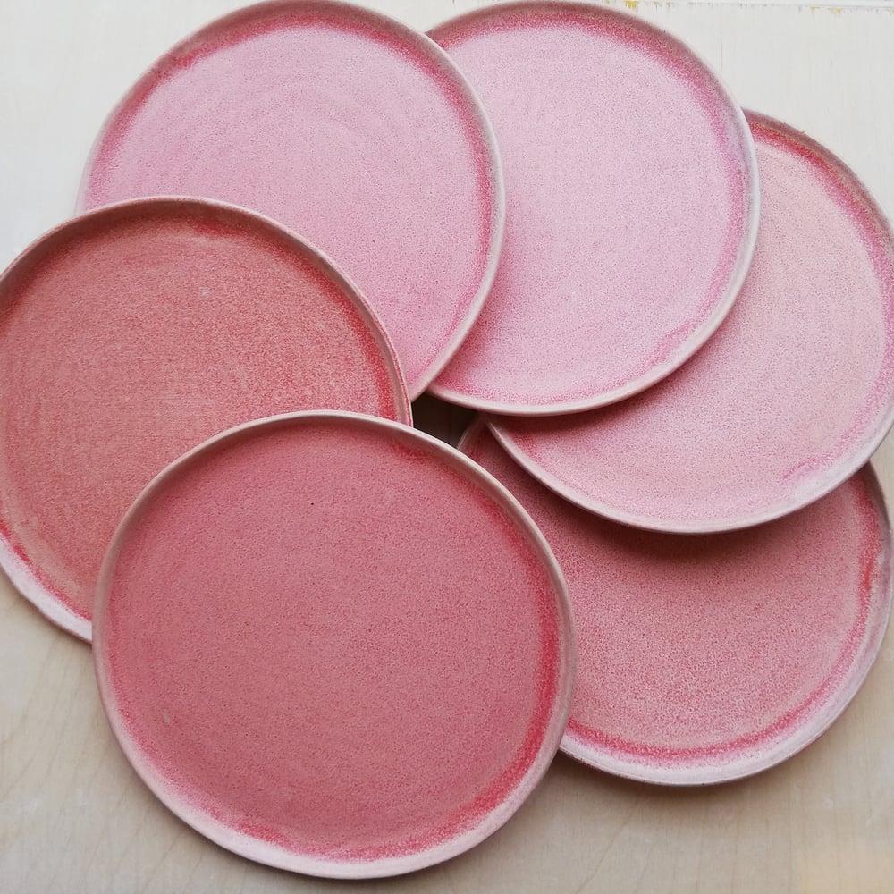 Image of Pink tallerkener