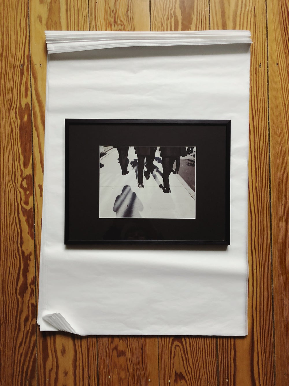 "Image of ""Tokyo shadows"" – print (framed)"