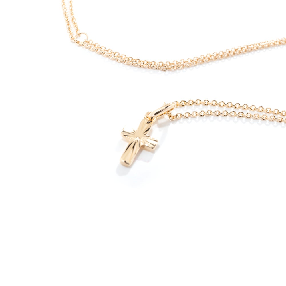 Image of FINE CROSS | NECKLACE