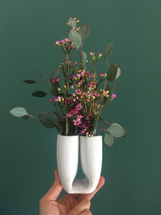 Image of Petit Plié vase
