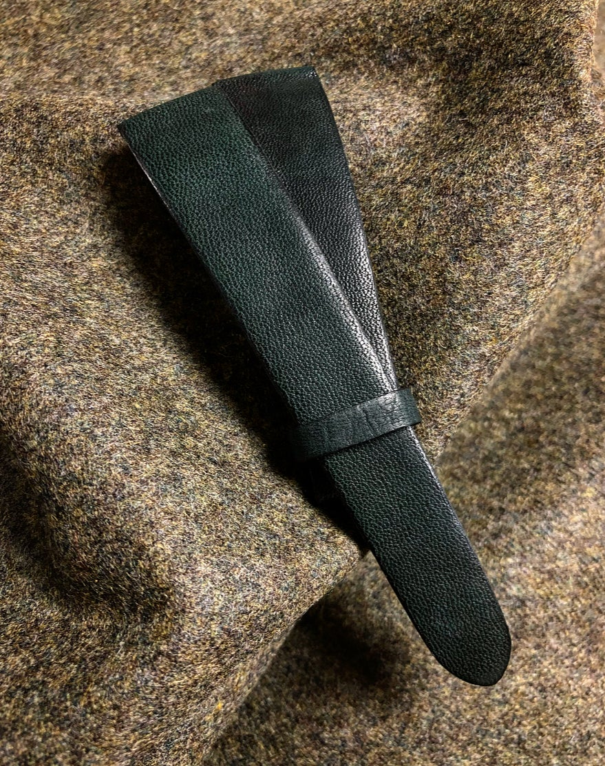 Image of Dark green Horse vintage watch-strap