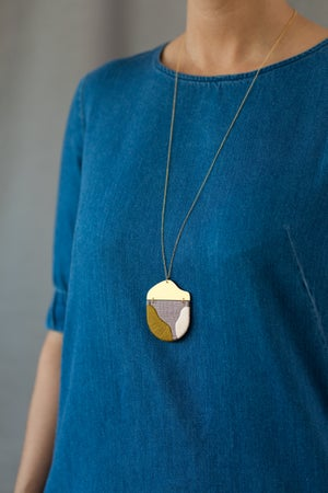 Image of INGEL pendant in Lilac with Olive and Blush