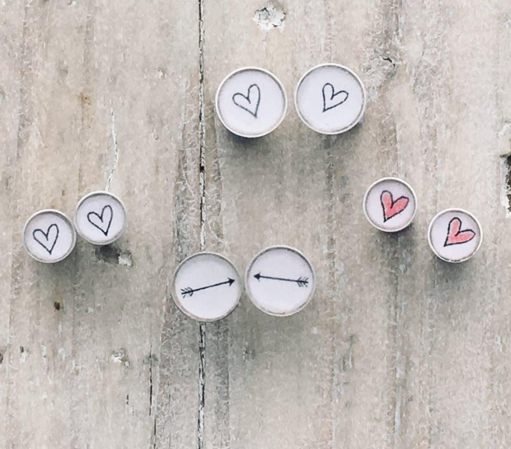 Image of Hearts & Arrow Studs