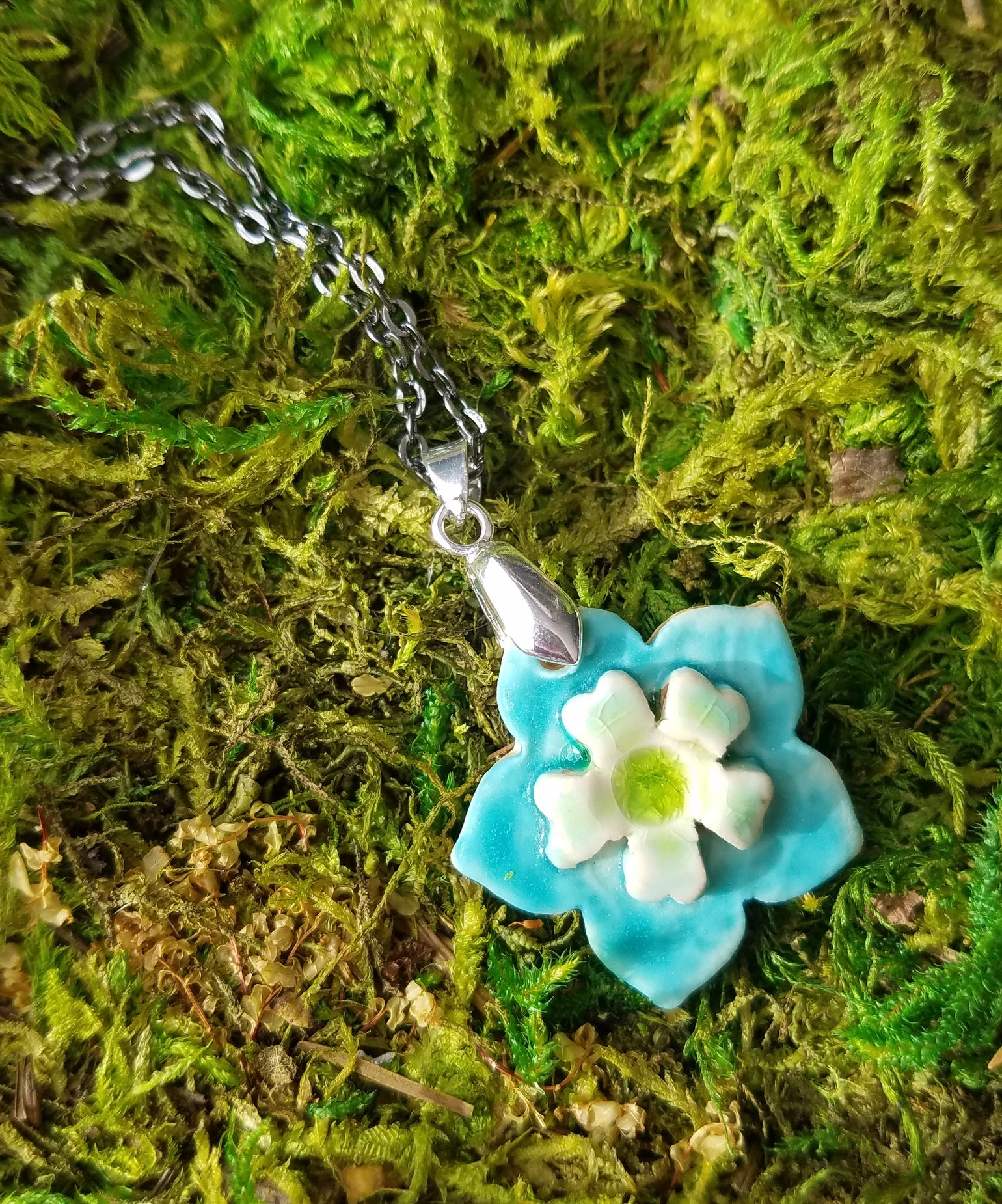 Image of Blossum Necklace - turquois
