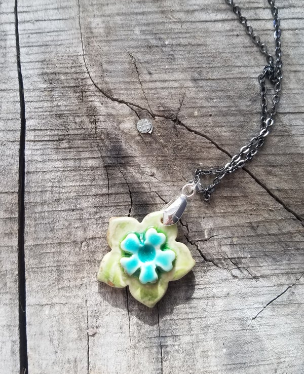 Image of Blossum Necklace - Chartreuse & Turquois