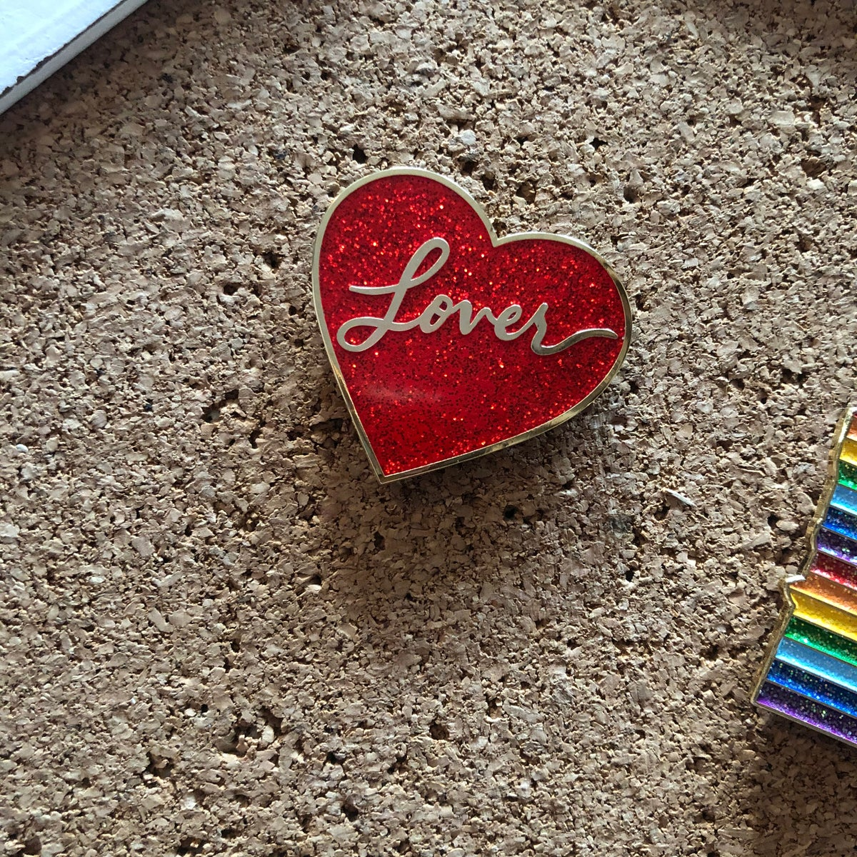 Image of LOVE GLITTER RED VARIANT