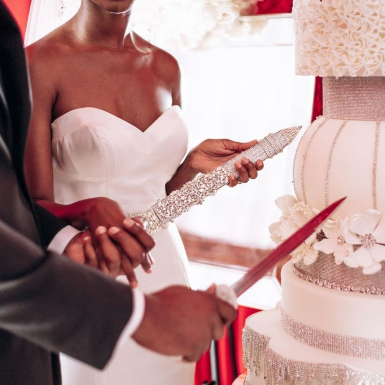 "Image of ""Sheena"" Cake Cutting Sword"
