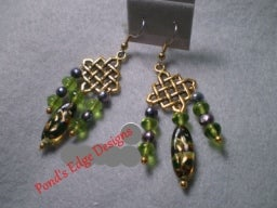 "Image of Green ""Waffle"" Earrings"