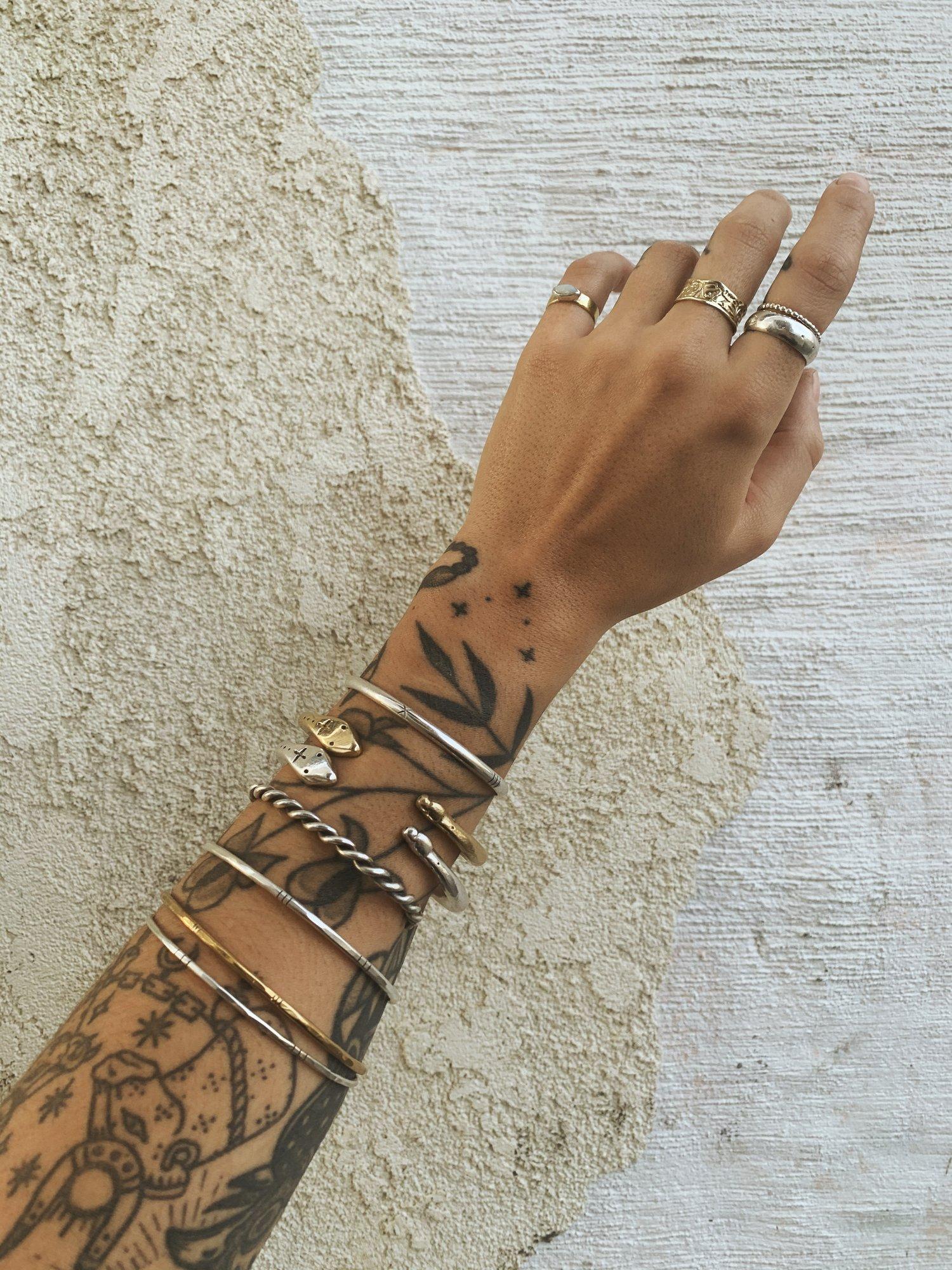 Image of Lasso Cuff