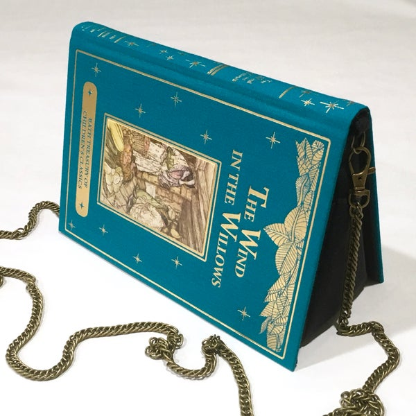 Image of The Wind in the Willows book purse