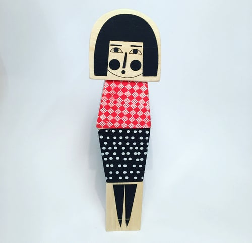 Image of Stackable Wooden character - Bob Haired Girl