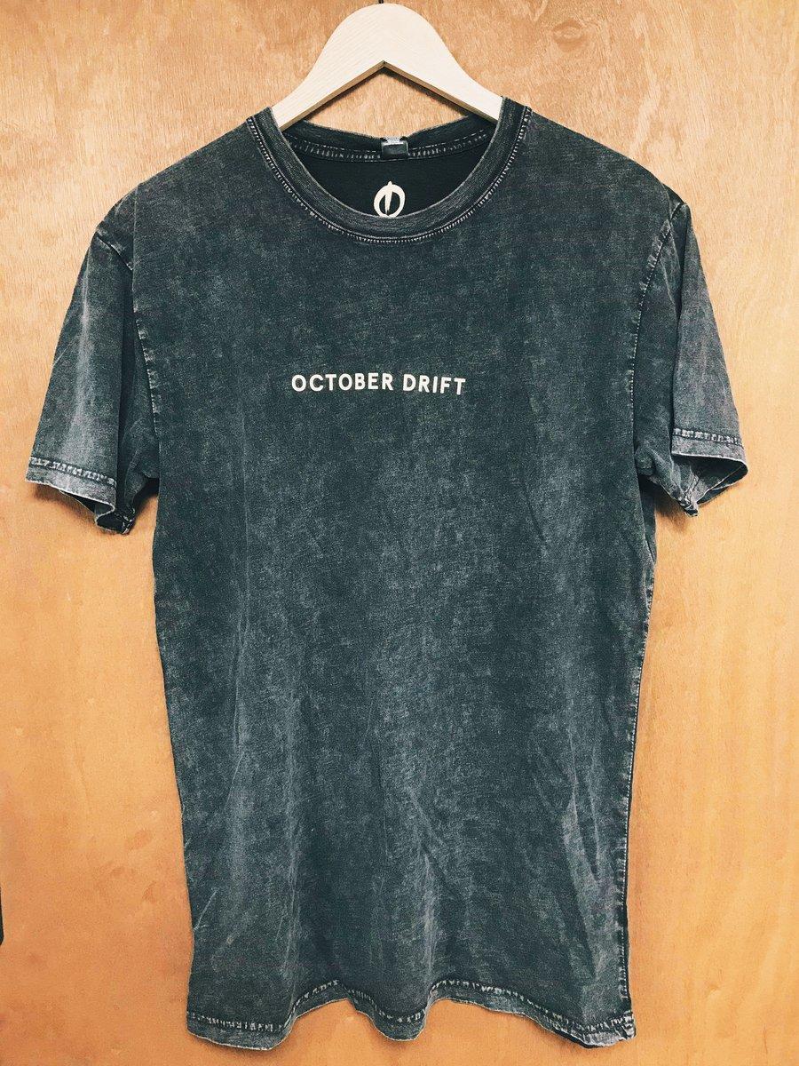 Image of OCTOBER DRIFT BLACK STONE WASH T SHIRT
