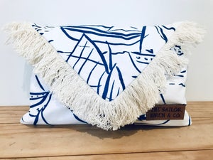 Image of The Sail Away Clutch