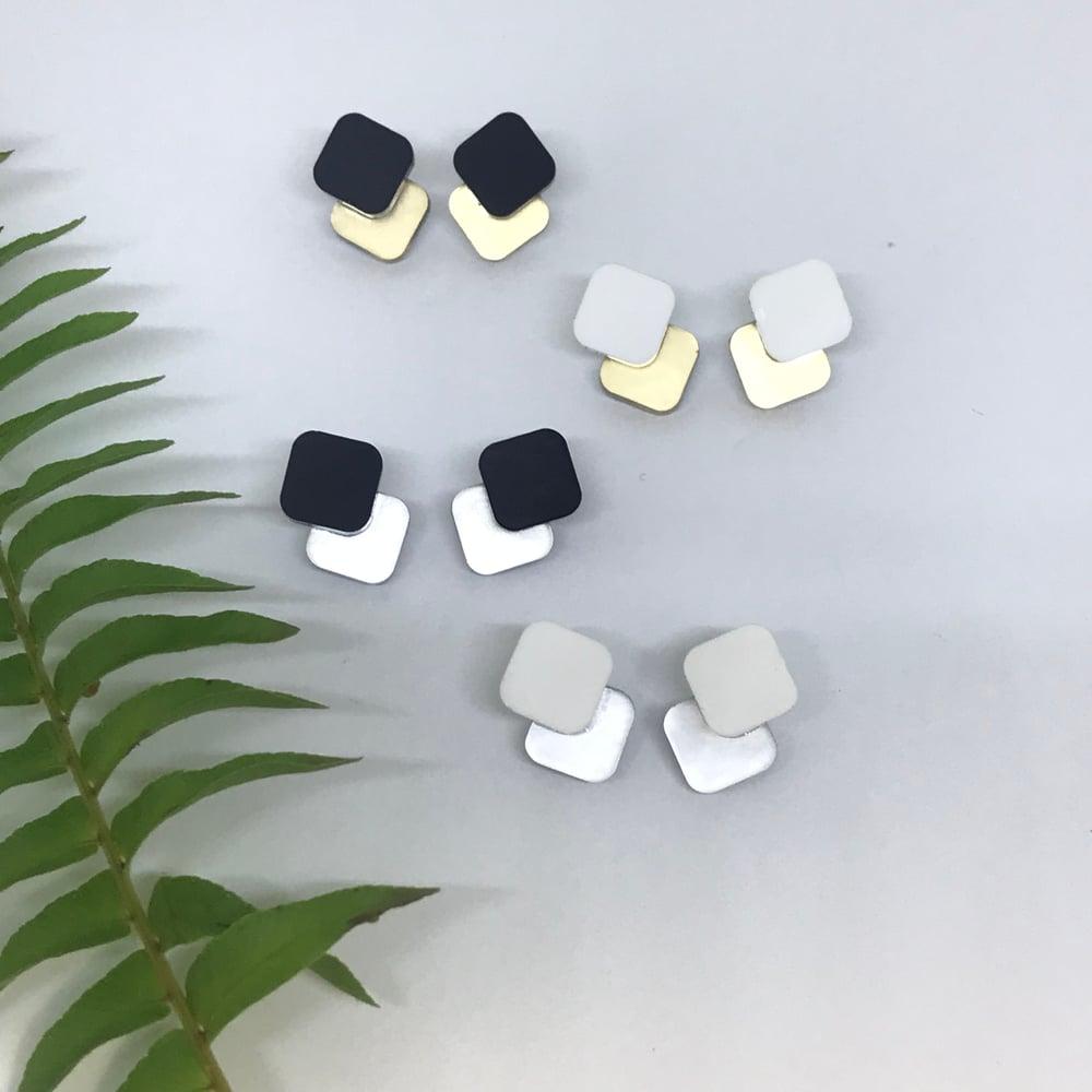 Image of Náušnice Double mini mirror sque mat