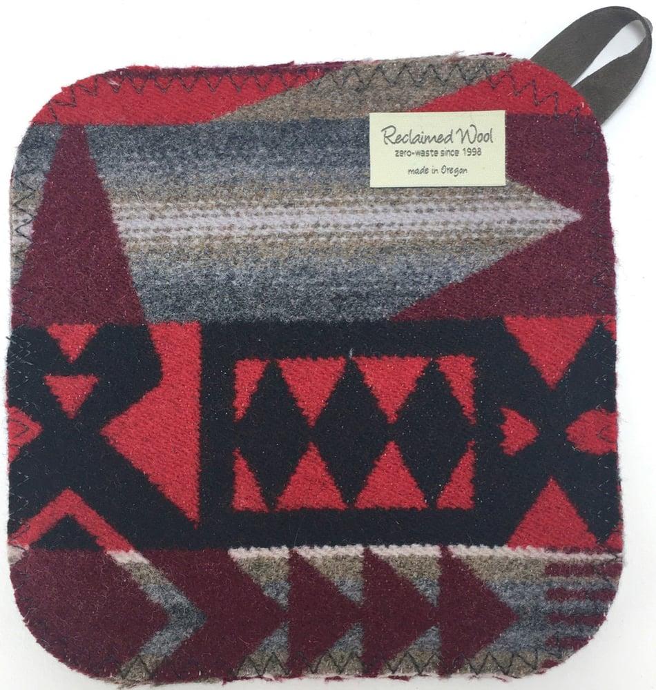 Image of Western Wool Potholoder - Red/Grey