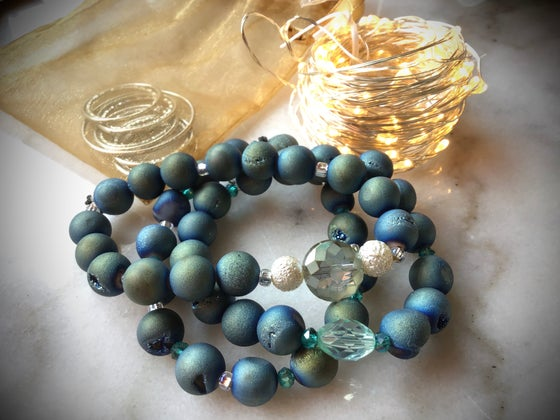 "Image of I'll have a ""blue Christmas"" Agate Geode Bracelet"