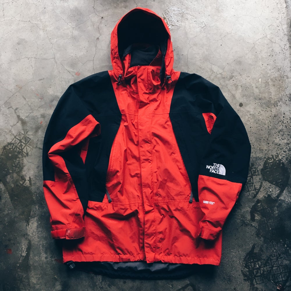 Image of Original The North Face Mountain Light Jacket.