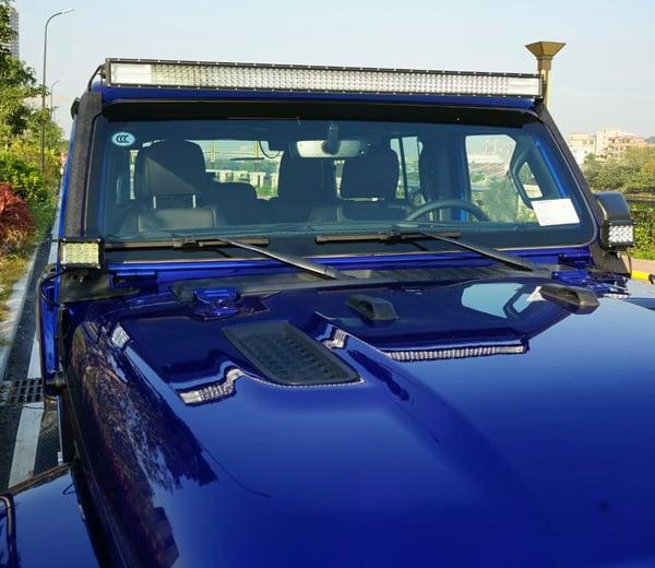 Image of Jeep JL 3 light windshield mount led kit